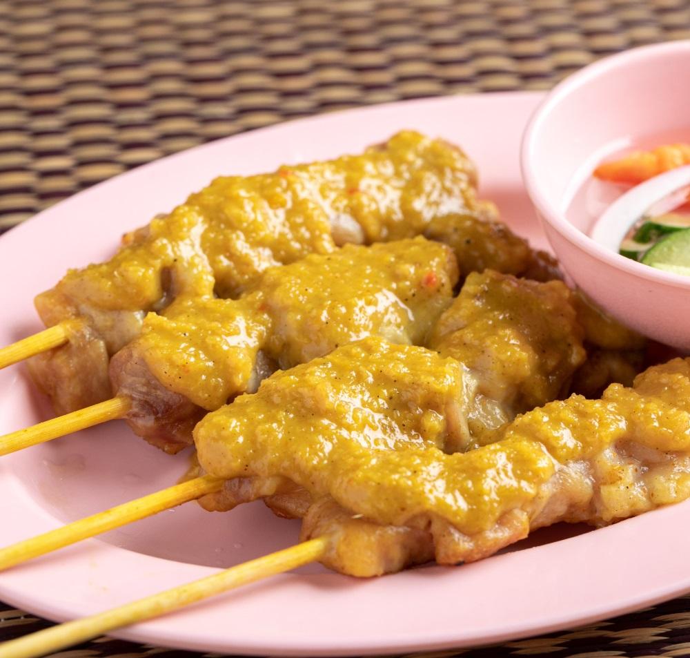 ガイサテ/南タイのカレーココナッツ焼き鳥4本