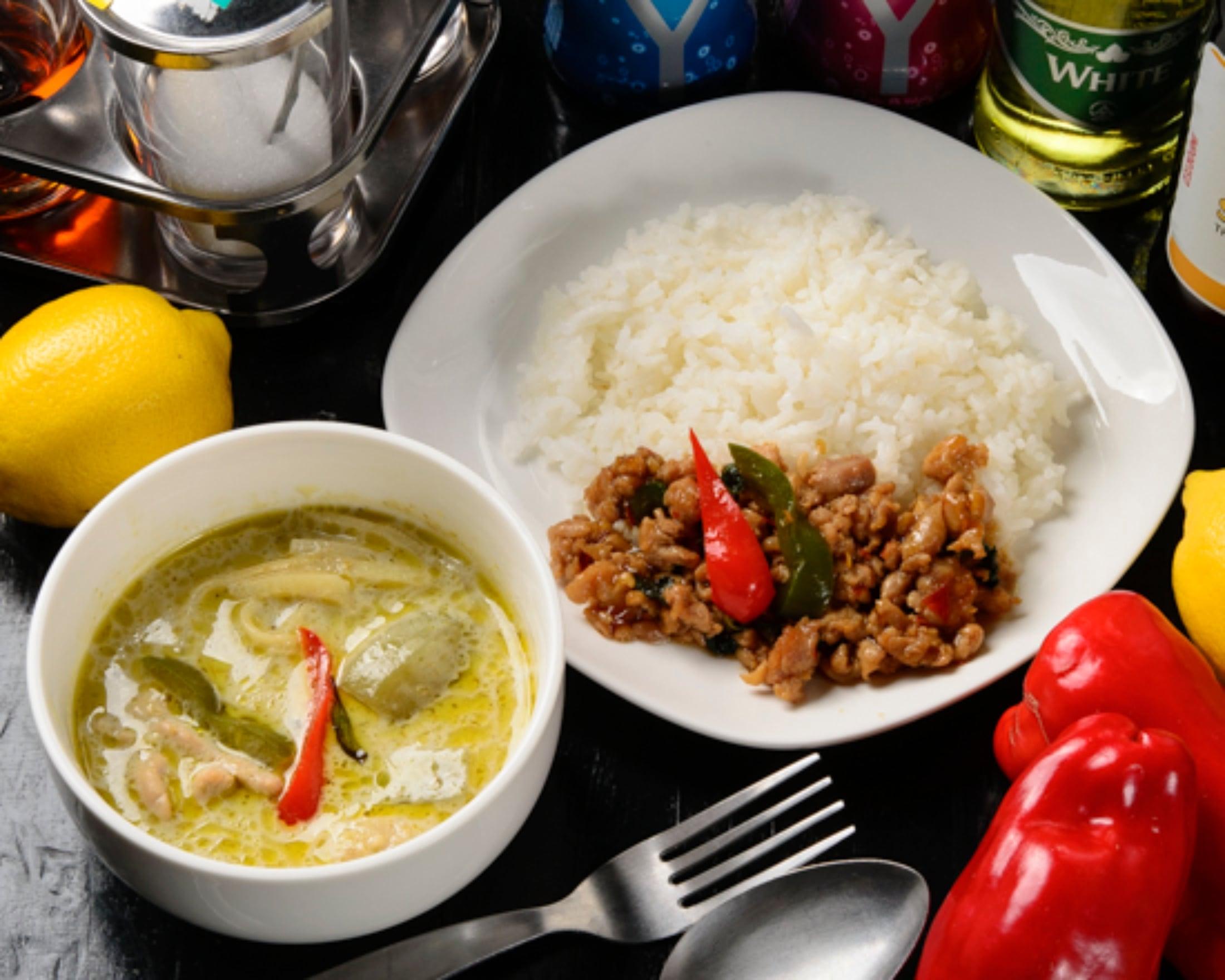 (モバイル限定)タイ料理2種弁当●グリーンカレー(ごはん無し)とガパオごはん